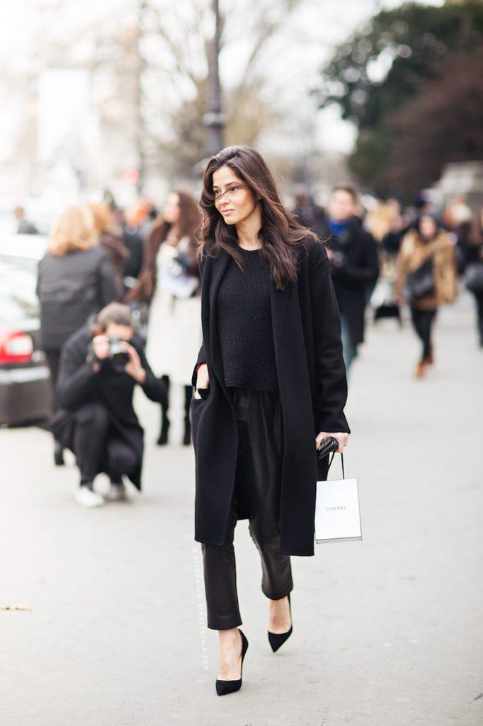 συνδυασμοί με μαύρο παντελόνι